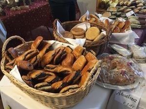 verschiedene Bäckereien mit Mohn